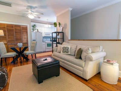 Flexible Refund Policies: Carriage House w/ Parking near River St.