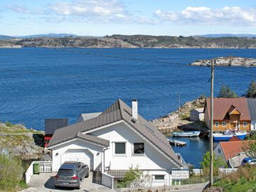 Vacation home in Turøy, Western Norway - 6 persons, 3 bedrooms