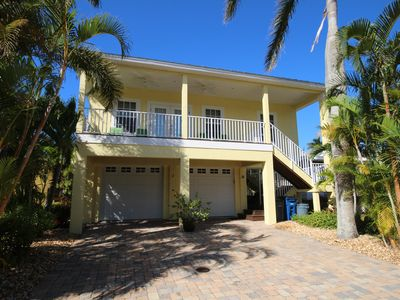 Photo for Come and Relax In A Beautiful Home With Easy Access To Beach and Pier.