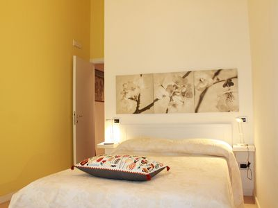 Photo for Comfortable double room in the historic center of Naples, close to everything