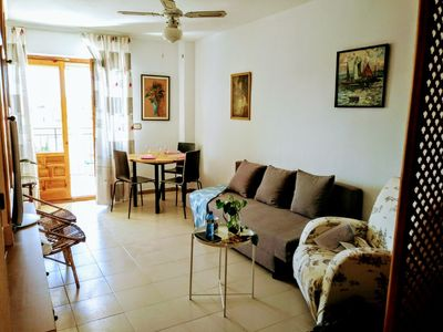 Photo for Apartment comfortable and well located, close to everything: beach, port, shops, bars, ...