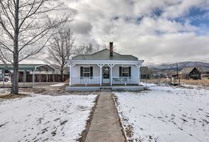 Photo for 2BR Cottage Vacation Rental in Circleville, Utah