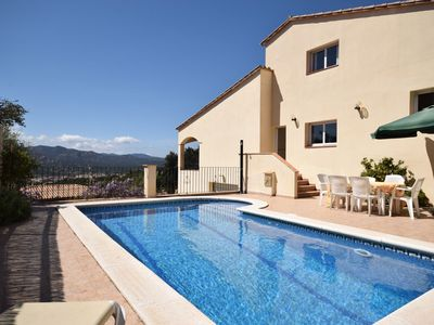 Photo for Comfortable villa with private pool and great views of the green surroundings