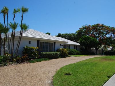 Photo for 1665 Ludlow Rd - 3 bed 2 bath waterfront home in the prestigious Estates area