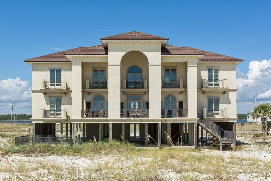 10 bedroom house. Barefoot Bungalow II  10 BR 9 BA house in Gulf Shores Sleeps 22 HomeAway
