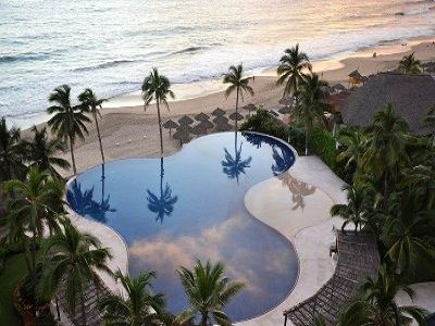 Photo for Amara **  Special ** Beautiful  Clean Paradise on the Beach with A/C  - Ixtapa