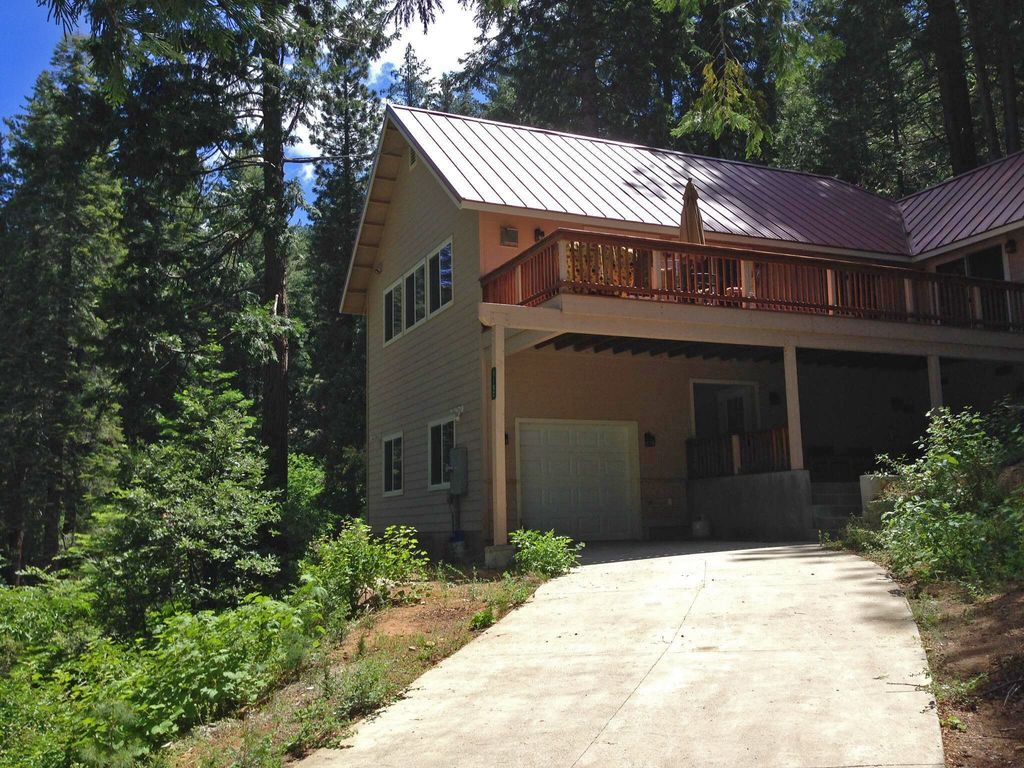 newer yosemite inverness house with central air and heat inside yosemite park