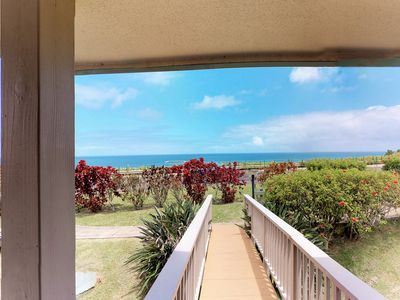 Photo for Private villa w/ gorgeous mountain and ocean views - beach nearby!