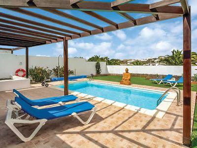 Photo for Comfortably furnished villa set close to the Marina, free A/C & Wi-Fi
