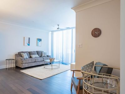 Photo for ★★Luxurious Condo in the river oak District★★(10)