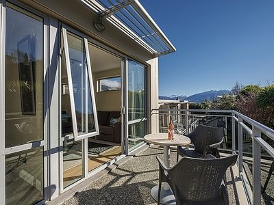 Photo for Midtown Rest - Wanaka Apartment