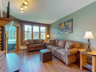Photo for Ski-in/ski-out condo with shared sauna, hot tub, pool, and more!