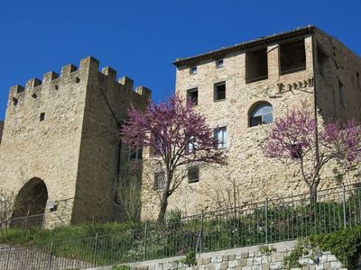 Photo for Est Locanda, panoramic apartment with garden on the medieval walls of the town