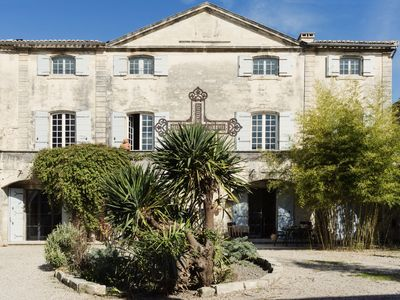 Photo for 7BR Chateau / Country House Vacation Rental in Vallabrègues, Occitanie