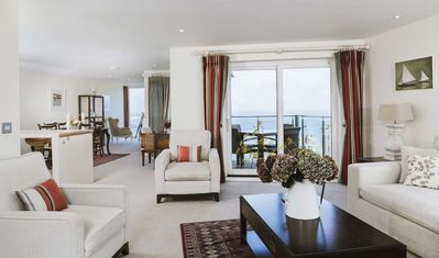 Photo for Wingspan 5* Penthouse Carbis Bay.