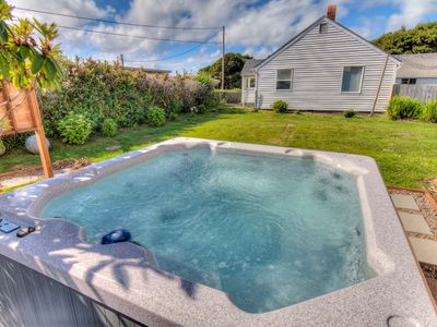 Photo for Ocean View in Yachats With Hot Tub. Miles Of Sandy Beach!