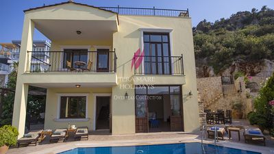Photo for Villa Lemon Tree-beautiful 5 bedroom hillside villa with beautiful sea views