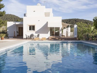 Photo for Lovely Villa near to Ibiza Town and Playa Den Bossa