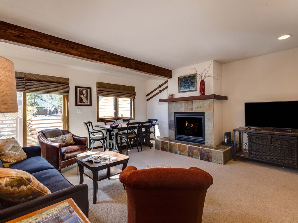 Spruce point townhouse downtown frisco vacation rental for Frisco colorado cabin rentals