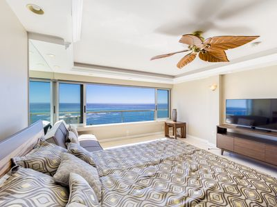 Exquisitely Beautiful High Floor Rental At The Colony Surf -30 Nights Minimum