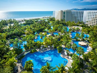 Photo for Luxurious Beach Front Resort, Spa, and Golf (minutes for Puerto Vallarta)