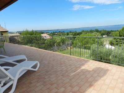 "Photo for APARTMENT ""EDEN 3"", WIFI, AIRCO, PARK, TERRACE WITH LAKE VIEW"