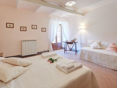 "Photo for Romantic Love Nest ""Fontanina"" - Country House in Tuscany"