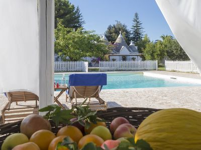 Photo for Luxurious Trullo with Large Pool and Garden. Great Location.