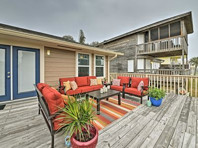 Photo for Cozy Galveston Home w/ Deck - Walk to the Beach!