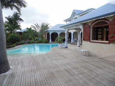 Photo for Spacious villa beachfront Creole, with pool and garden, Saint Francis.