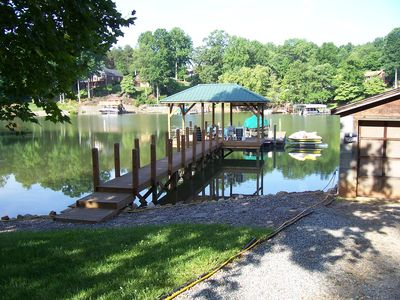 Great Rates!! Lakefront!! Family-Freindly. Great Quiet Swimming Cove.