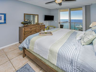 Photo for 11TH FLOOR CONDO WITH GREAT VIEWS!! OPEN 11/9-16!! SLEEPS UP TO 10!