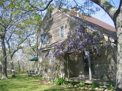 Photo for Light & Airy West Tisbury home/July Ferry Tickets/on 3 private acres,/amenities