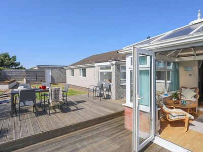 Photo for PENCRAIG, pet friendly, with hot tub in Trearddur Bay, Ref 1008952