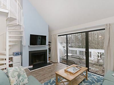Photo for 8505W: Renovated 2BR + Loft, 2BA Sea Colony West. Private beach, pools & tennis!