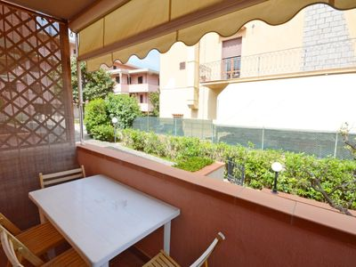 Photo for Apartment in the center near the beach and with a balcony; pets allowed