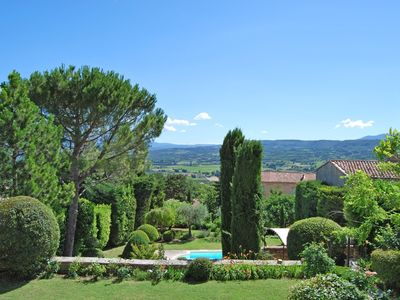 Photo for In the heart of the Luberon lovely village house with swimming pool and view