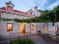 Beautiful home with a great view, near Biokovo National Park