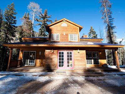 Photo for Pet Friendly Mountain Cabin - Hot Tub, Pool Table & Foosball