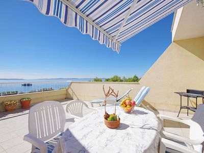 Photo for One bedroom apartment with terrace and sea view Split
