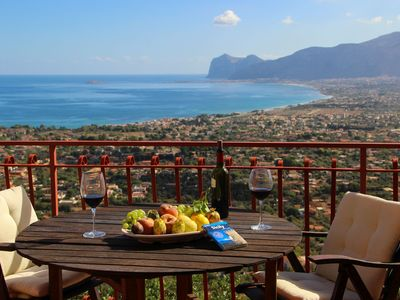 Photo for Fantastic Apartment with view on the gulf of Carini and 'Island of Women', Sicily
