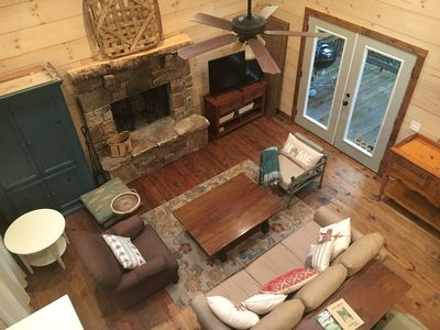 Photo for Brave Heart-3-Beds; 3 Full Bath, Vaulted Ceiling: 5-Min-Highlands: Paved; H-Vac