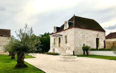 Photo for Luxury Villa 5 * with Spa - Near Beaune