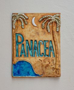 Photo for 'Panacea' - Perfect Tropical Accommodation Walking Distance To Town!