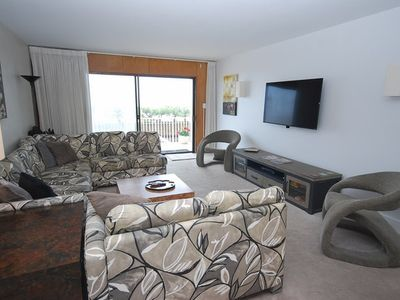 Photo for Oceanfront 2BR 2BA Condo With Community Pool!