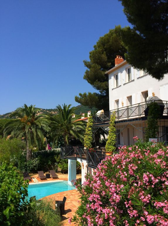 Property Image#24 Luxury 2 Bed Home In Dealu0027s Conservation Area Yards From  The Beach