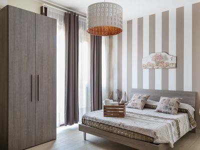 Photo for Siracusa Sweet Home - Suite Gialla
