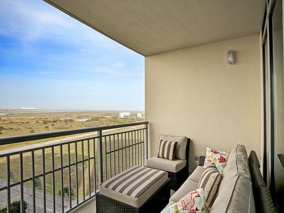 Photo for Luxurious Beach Condo at a Great Value!