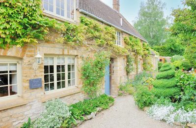 Photo for Hope Cottage is a lovely, traditional Cotswold stone cottage, located in the village of Longborough