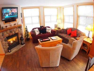 Photo for Spacious 4 bedroom, pet friendly, condo with easy access to ski trails